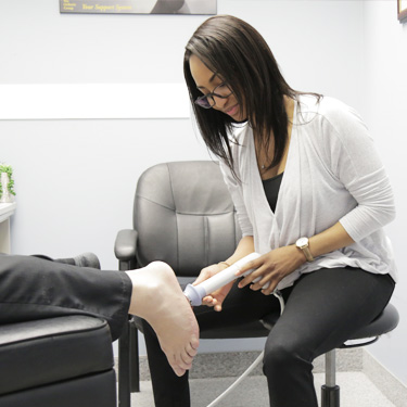 Shockwave treatment on foot