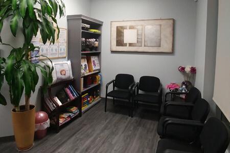 Waiting room at Grange Lewis Estates Chiropractic, Massage & Acupuncture Clinic