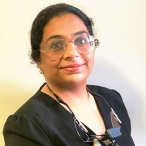 Dr Anusha Bharatam (Dentist)