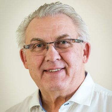 Chiropractor Saskatoon, Dr. Roy Papish
