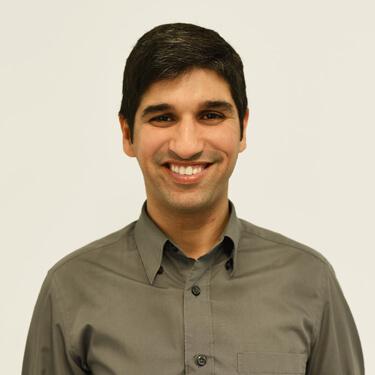 Dr Kush Ohri, Dentist