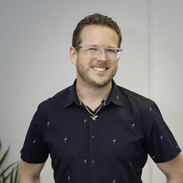 Dr Alex Malton, Chiropractor