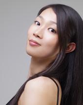 New York Yoga & Pilates Instructor, Yui Matsubara