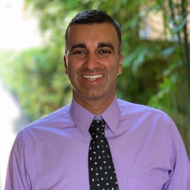 Dr Gautam Sridhar (Dentist)
