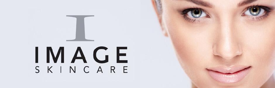 Image Skincare woman smiling banner
