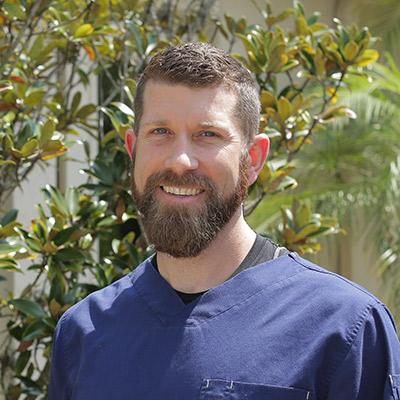 Chiropractor, Dr. Justin Mitchell