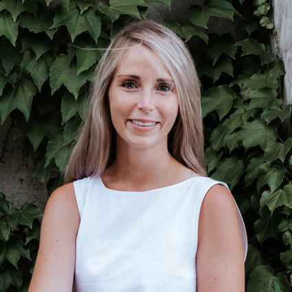 Niagara Spine and Sport Therapy Physiotherapist, Brooke Dumont