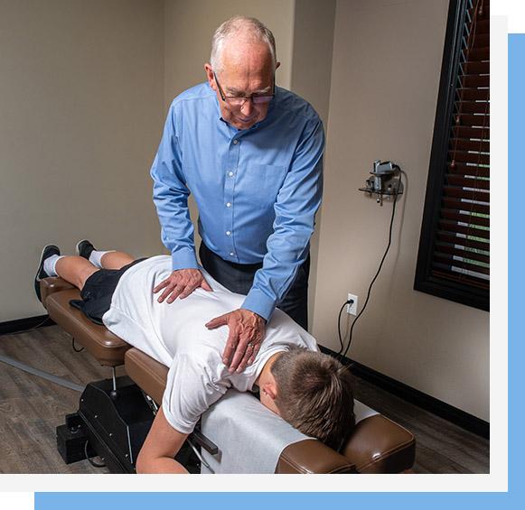 Dr. Haitsma adjusting mans back
