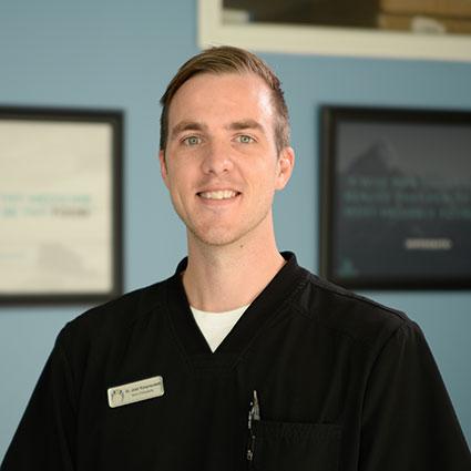 Chiropractor Grandville, Dr. Josh Konynenbelt