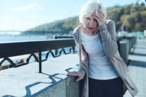 older-woman-dizziness