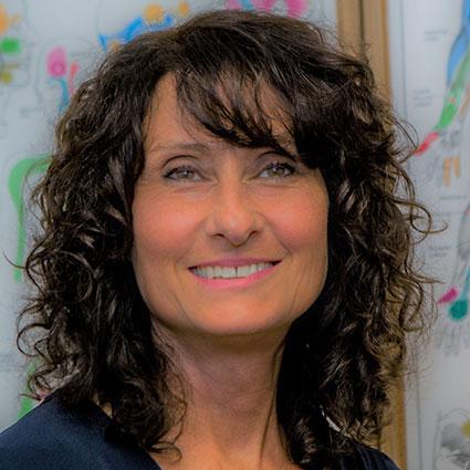 Dr. Dayna D'Acierno headshot