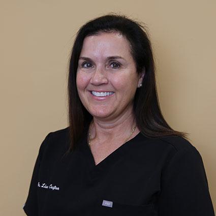 dr. Lisa headshot