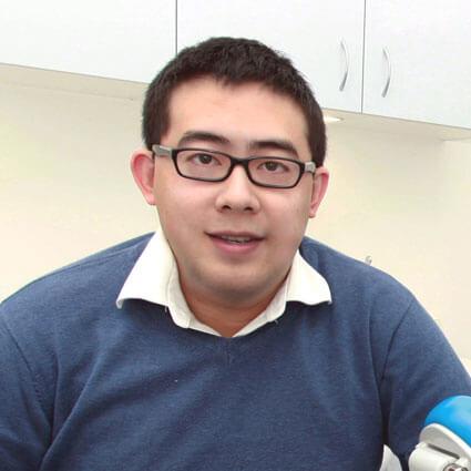 Dr. Joshua headshot