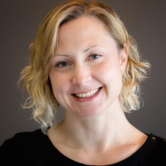 Dr. Jennifer Royer