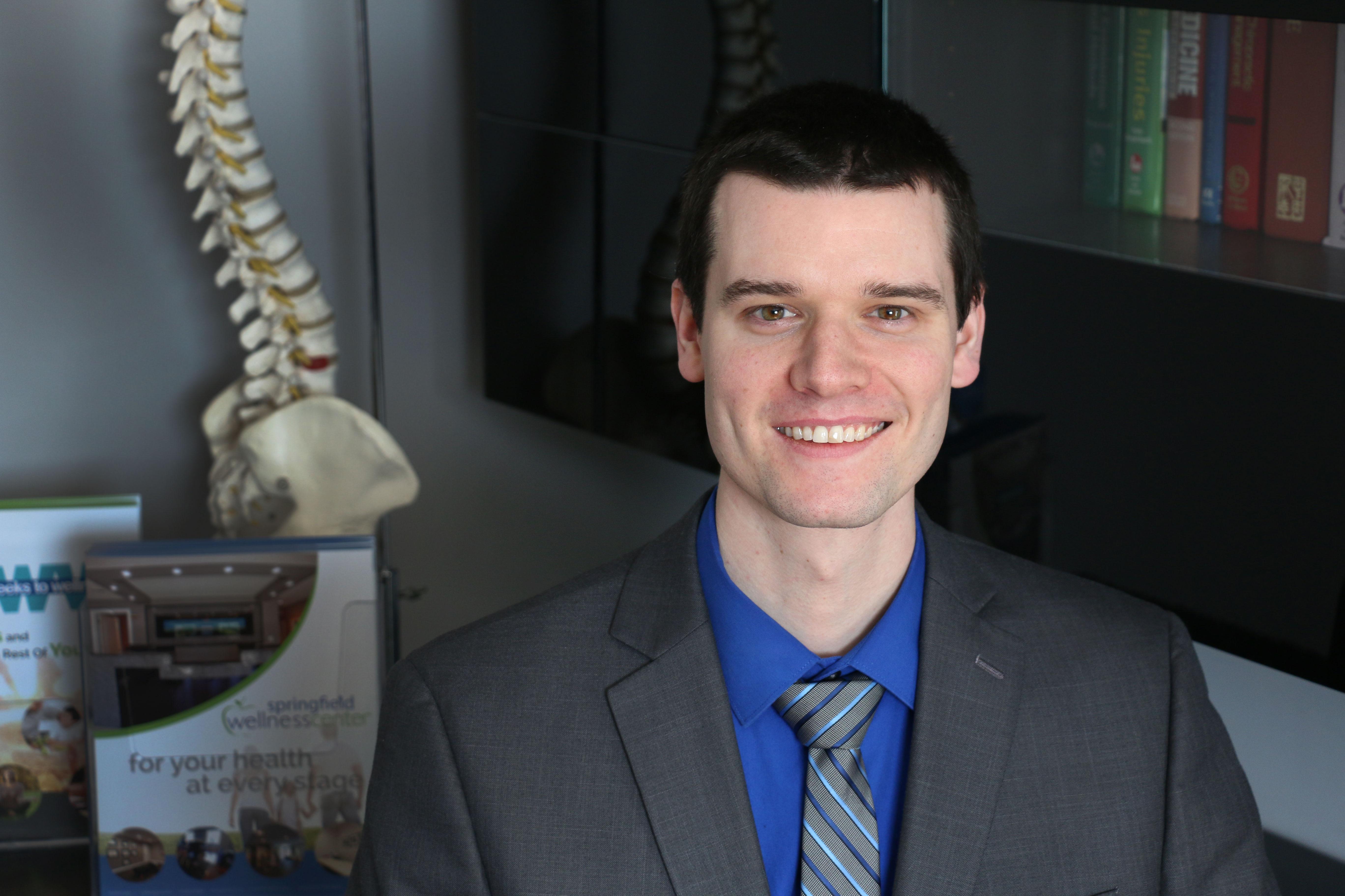 Chiropractor Springfield, Dr. Pat Macquley