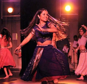 Dr Anjali dancing with Indiance