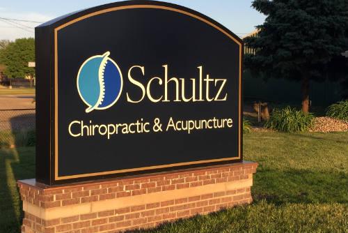 Schultz Chiropractic & Acupuncture sign