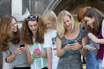 Girls texting.