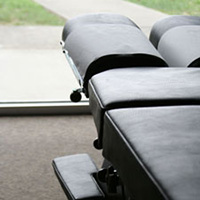 chiropractic-table