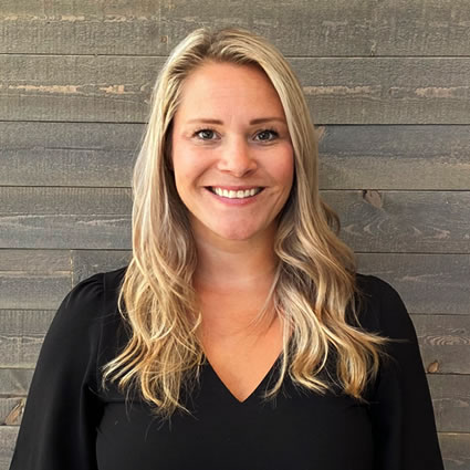 Massage therapist Auburn, Michelle