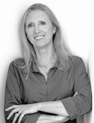 Portrait of chiropractor in Springfield, Dr. Elaine Carter