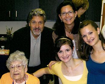 Dr. Elise celebrates GGs 100th birthday.
