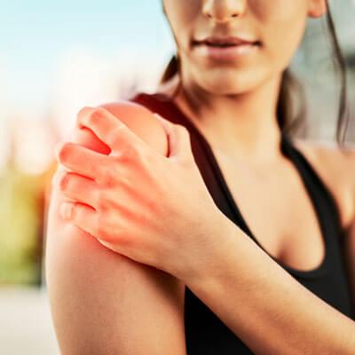 intense shoulder pain
