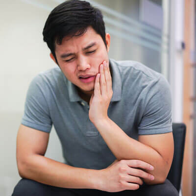 Severe jaw pain