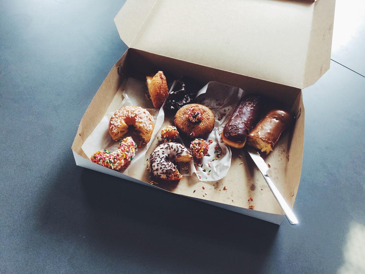 doughnuts-1209614_1280