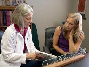 Dr-Nancy-Pearce-Consultation