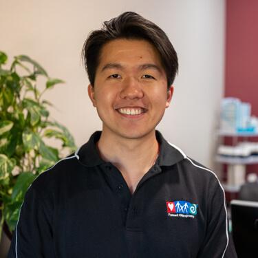 Dr Ken Win Kok, Chiropractor