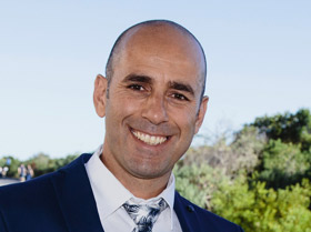 Dr. Mario Stefano