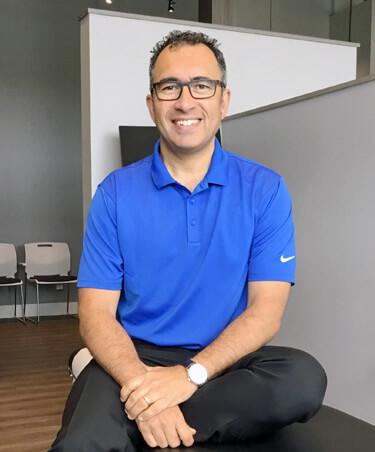 Chiropractor Ancaster, Dr. Mark Del Cantero