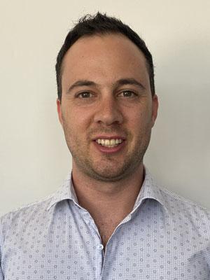 Dr Amir Mansur, Chiropractor