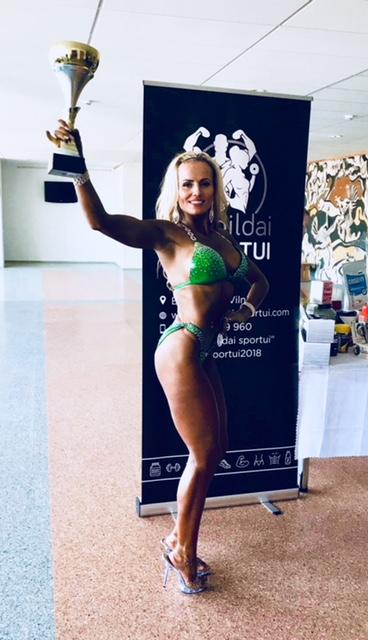 Monika with trophy