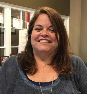 Photo of staff member Sue Kelly