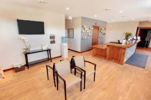 lobby-desk-area