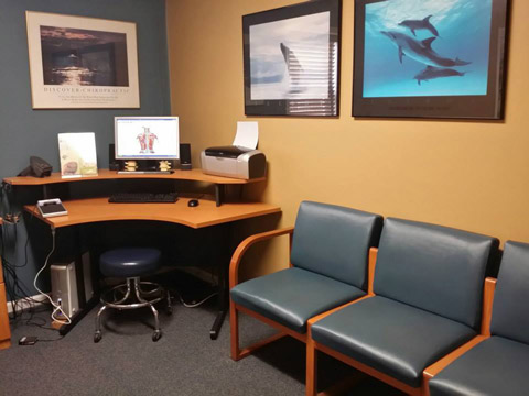 Dr. Christopher Kawa, Discover Chiropractic Patient Room