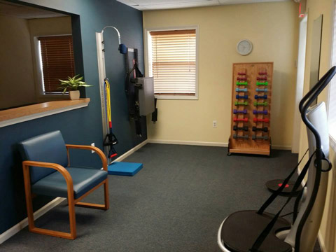 Dr. Christopher Kawa, Discover Chiropractic Rehab Room