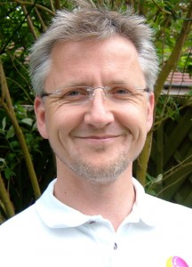 Dr Rowen Simpson (Chiropractor) of Spinewaves Chiropractic