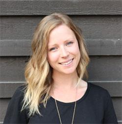 Photo of staff member Lauren