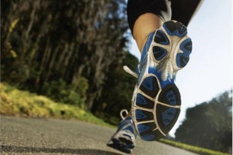 M-na02-70aththelet-runner