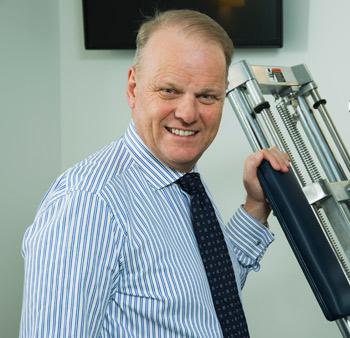 Dr. David Minns