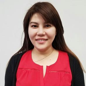 Celina, Acupuncturist