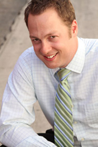 Chiropractor Costa Mesa, Dr. David Clements