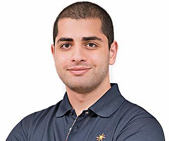 Dentist Siamak Saberi