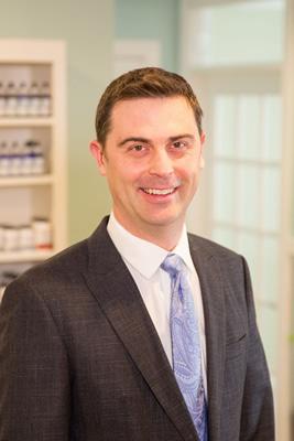 Chiropractor Chanhassen, Dr. Michael Kennedy