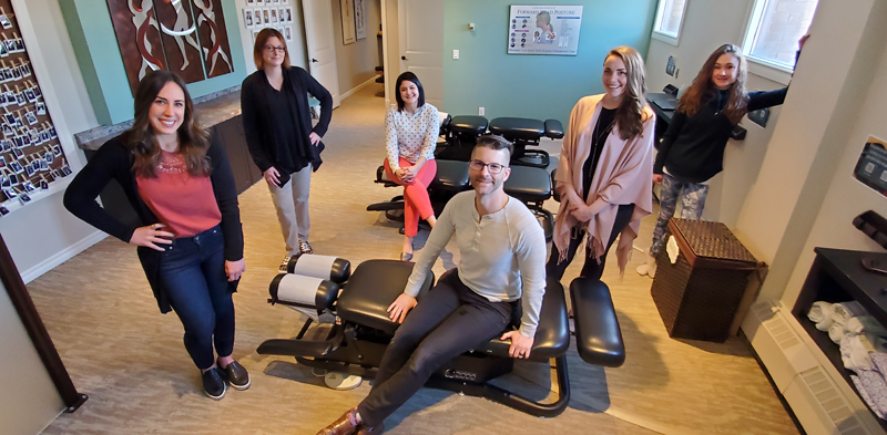 Meet the Live Well Family Chiropractic Team!