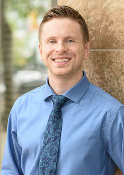 Dr. Jonathan Lloyd at Gibsons Chiropractic, Health and Wellness Centre in Gibsons