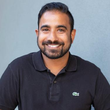 Dr Praveen Ayethepalle, Dentist